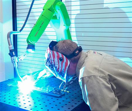 arc-welding-cobot-collaborative-robot